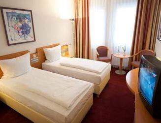 Hotelgutschein: 2 Personen, 2 Übernachtungen im 4* RAMADA Hotel DRESDEN nur 89€   wieder da!