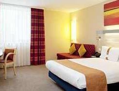 Hotelgutschein für 2 Personen, 2 Übernachtungen im 3* Hotel Holiday Inn Express in Berlin, für nur 119€!