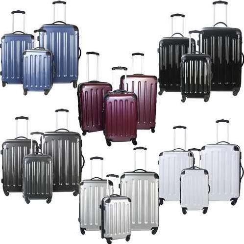 Hartschalenkofferset aus 3 Teilen, in 6 verschiedenen Farben für je 79,95€