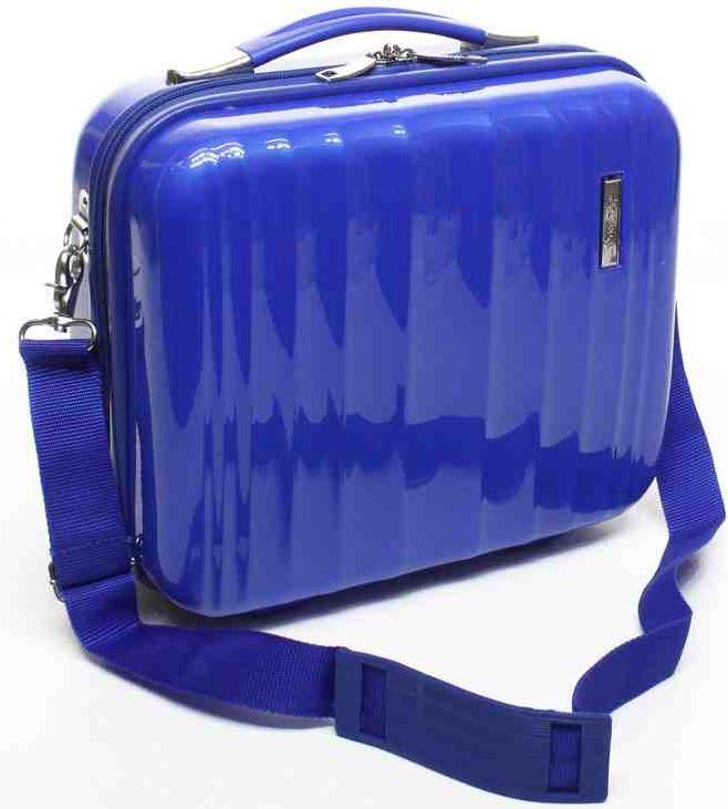 Beauty Case, Hartschalen Handgepäck mit 10 bis 12L Volumen, in verschiedenen Modellen für je 19,90€