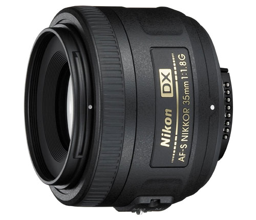 Nikon AF S DX Nikkor 35mm f1.8 für 125€ bei Amazon.co.uk