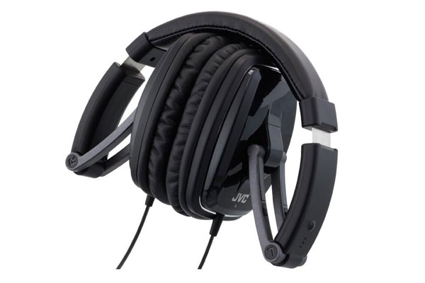 Update! JVC HA M750 für 24,99€   Over Ear Kopfhörer mit faltbarem Carbon Gehäuse