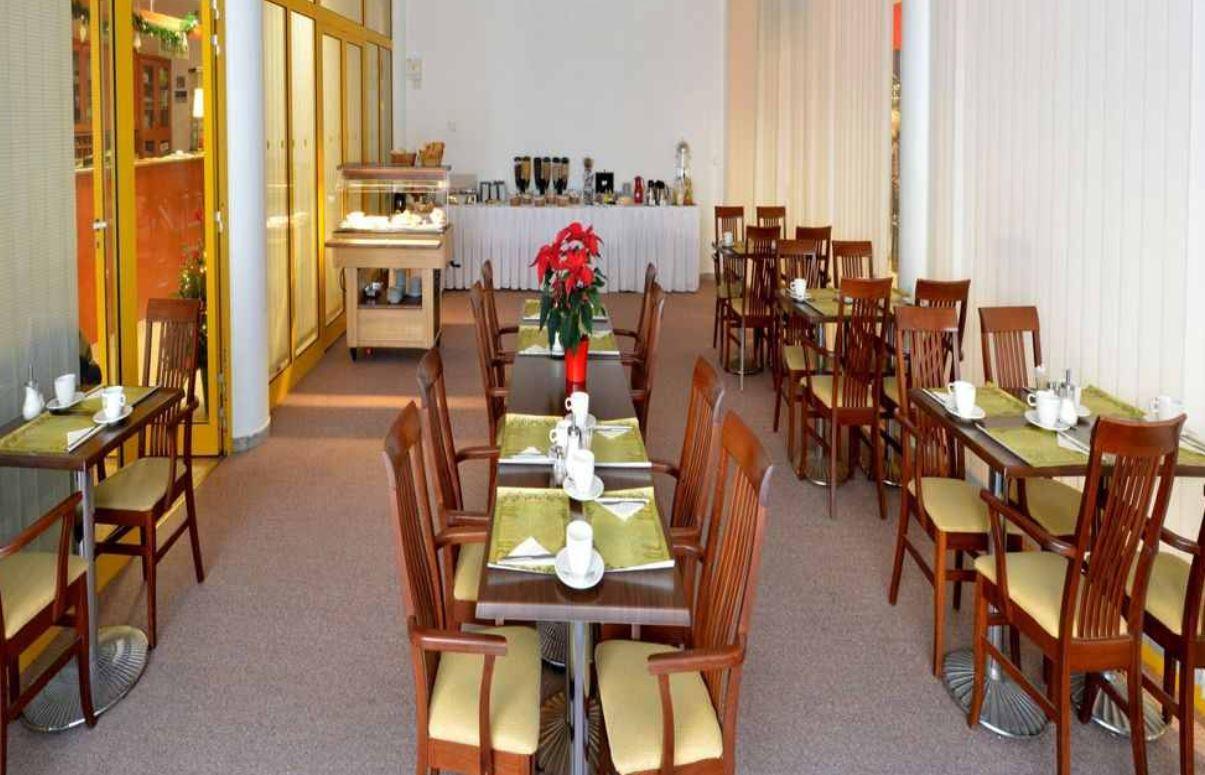 Hotelgutschein: 2 Personen, 2 Übernachtungen im 4* Hotel Dvorak in Budweis nur 99€