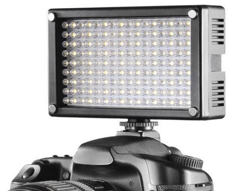 Preisfehler? Walimex Pro 144 LED Videoleuchte für ~ 40€ statt 187€