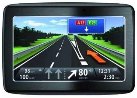 [ebay Wow] Navi: TomTom Via 125 Traffic (Europa) inkl. IQ Routes, Bluetooth Freisprechen, TMC und Lieferung 129€