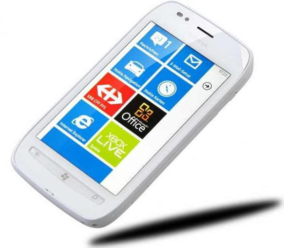 [getgoods] Windows Smartphone: Nokia Lumia 710, ohne branding, Simlock, Vertrag inkl. Versand 170,90€