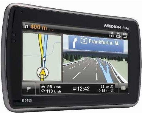 [ebay Wow] 4,7 Navi: MEDION E5455 mit 11,9cm (Bluetooth, Europa und FM Transmitter mit 4GB) inkl. Versand 89,99€
