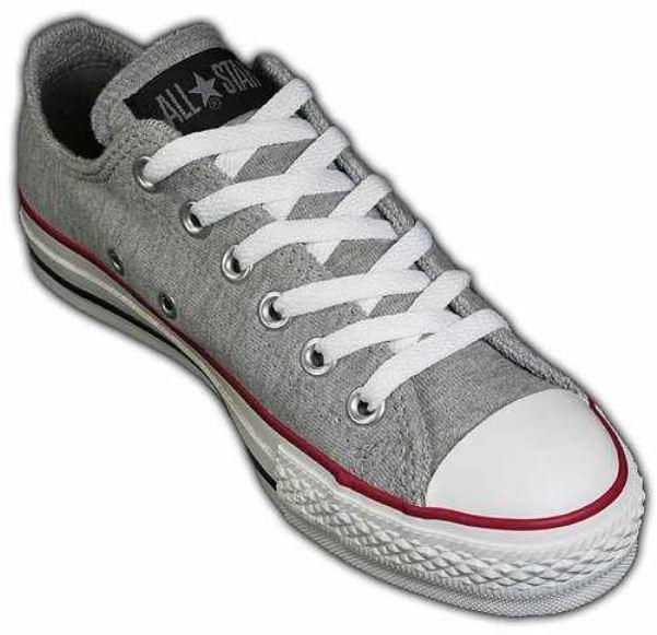 [Amazon] Outlet Sale: bis zu 70% Rabatte auf Schuhe, Taschen, und Outdoor Bekleidung!