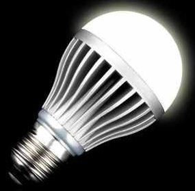 E27 LED Glühlampe 8 WATT, warmweiß 3000k, für 9,99€
