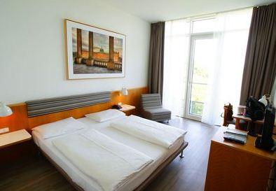 [ebay Wow] Hotelgutschein: 2 Personen, 2 Übernachtungen im 4* arcona Hotel am Havelufer Potsdam (Berlin), für nur 99€!